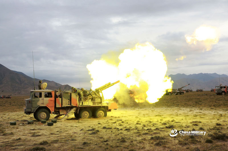 After lightweight tanks, China stations new howitzers in Tibet's border with India