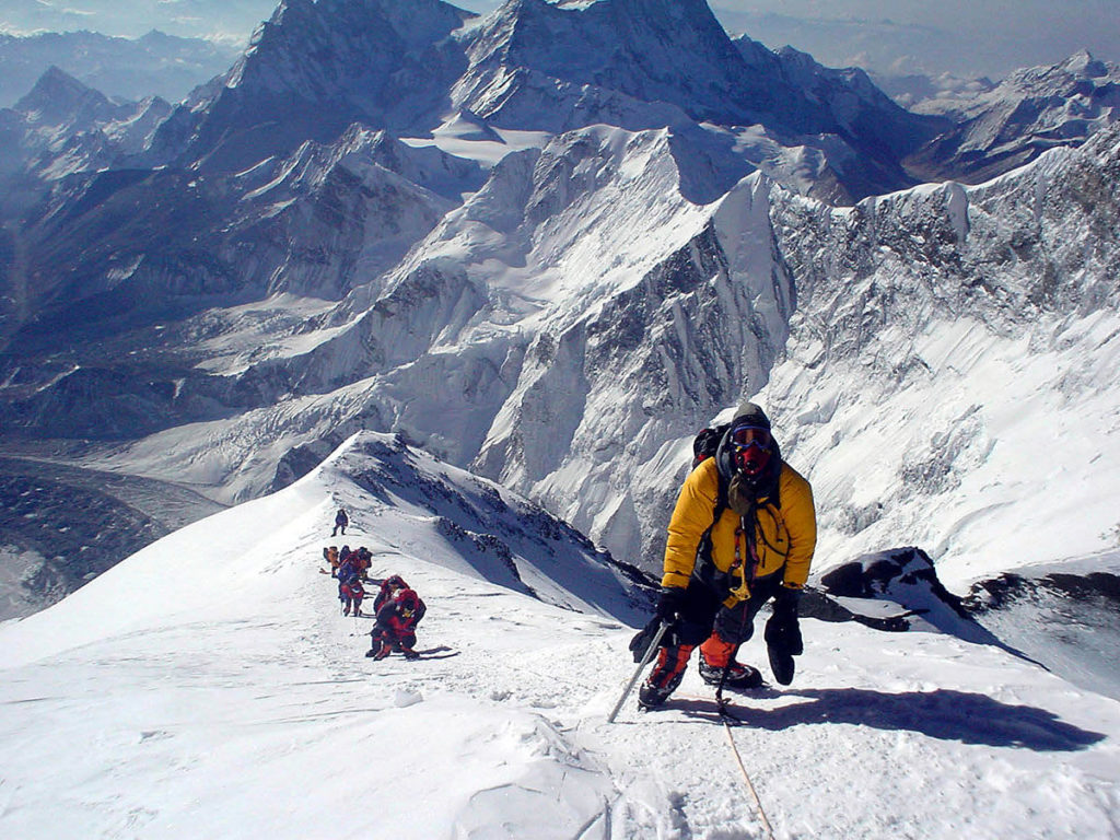 China to further reduce number of Everest climb permits to 200 per year