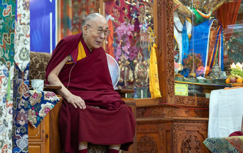 Dalai Lama visitors to be limited to group audiences