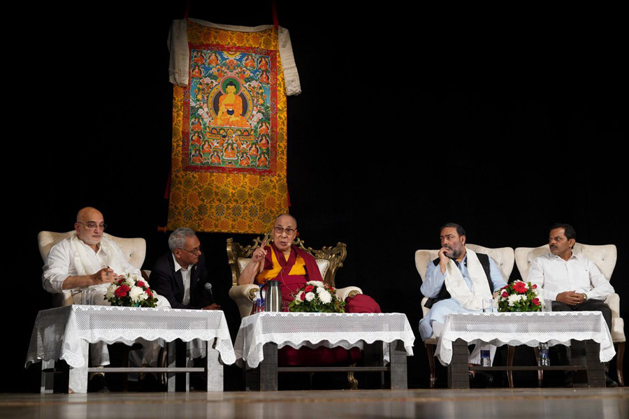 Dalai Lama inaugurates Chair for Nalanda Studies at Goa University
