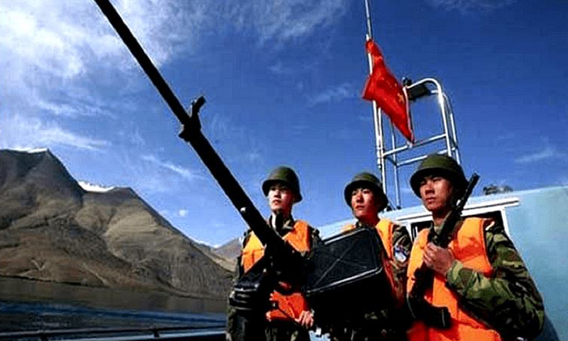 India and China preparing for possible conflict while continuing border talks
