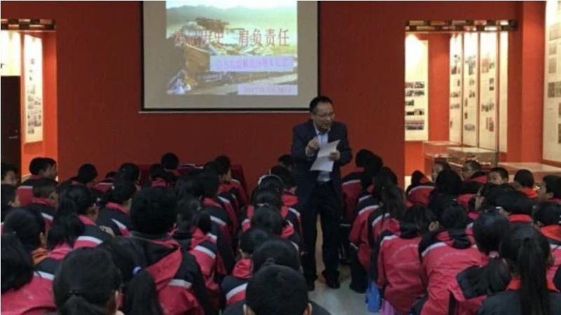 Sinicizing Tibet the main purpose of Tibetan schools, classes in Chinese provinces