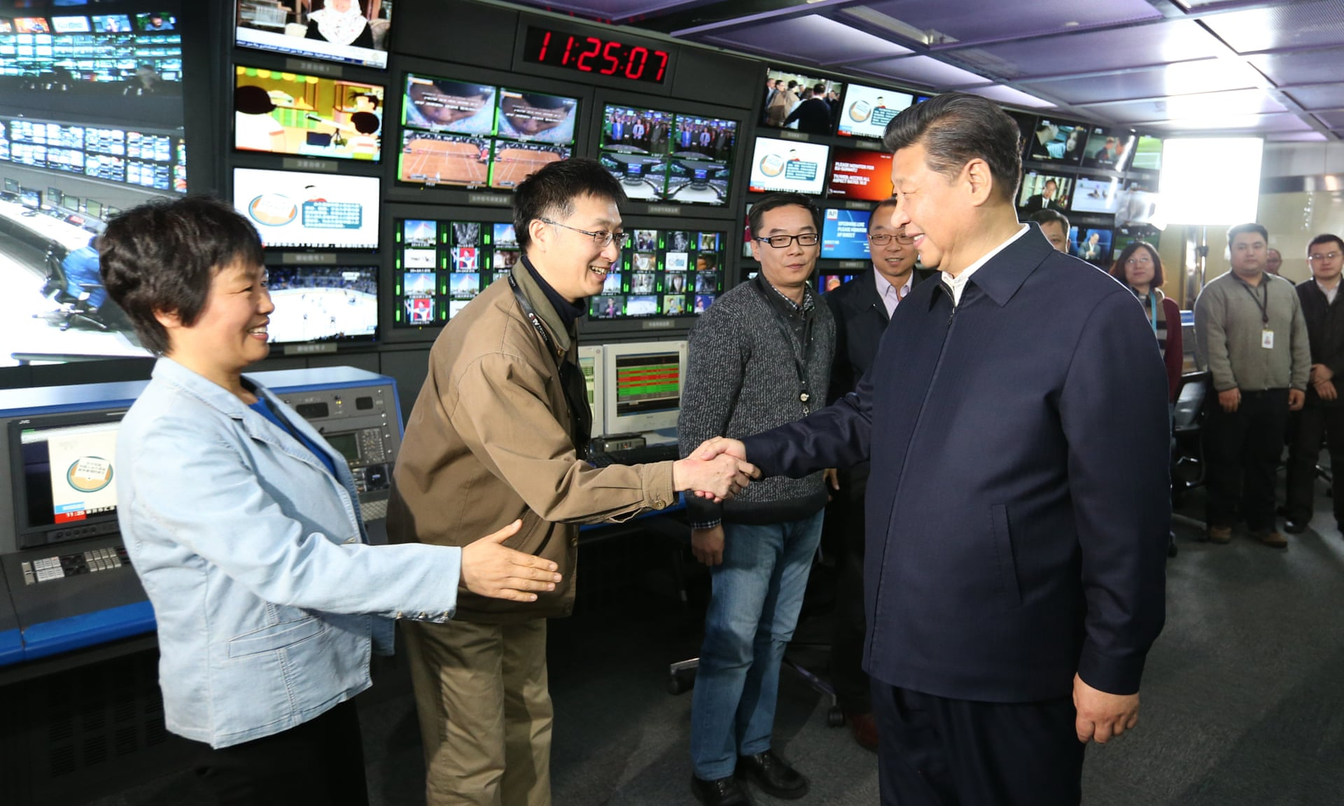 President Xi emphasizes Chinese journalists' duty to promote party ideas