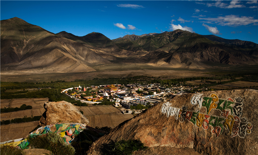 While closing two monasteries in anti-Covid-19 move, China reopens outdoor tourist sites in Lhokha
