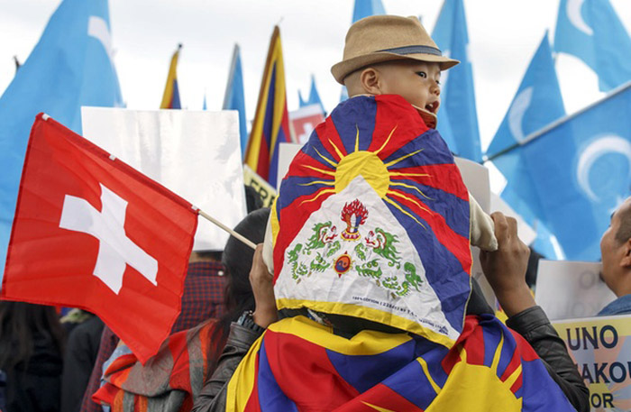 China's pressure on Swiss cantonal gov't against Tibetan flags move decried