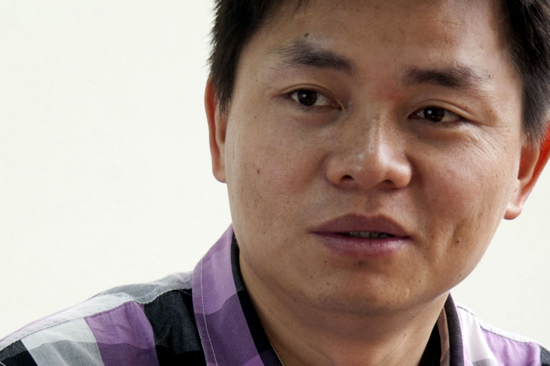 Chinese police take away constitutional scholar for urging political reform to save society after Covid-19
