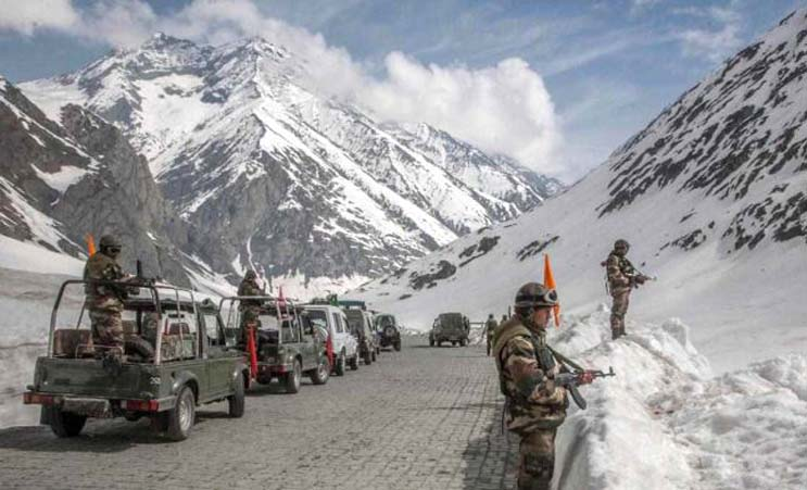 China seen as preparing for winter Ladakh assault