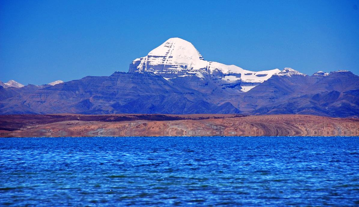 China militarizing Tibet's sacred Manasarovar Lake?